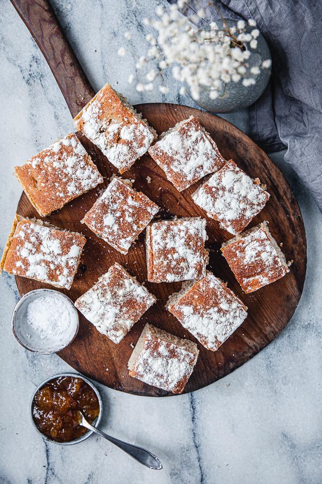 Lättbakat kalljäst bröd i långpanna