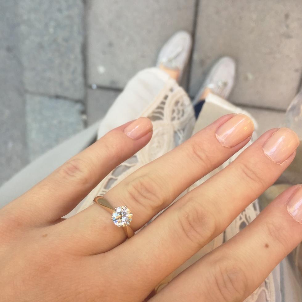 för stor förlovningsring